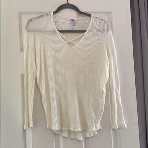 Alya Crisscross Top White Size Small/Medium.